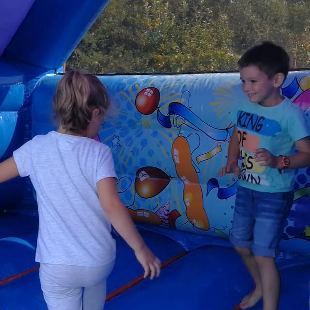 party-time-petreceri-copii-sibiu-gonflabila-tobogan-2